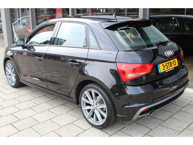 Audi A1 1.2 TFSI ADMIRED  S-LINE