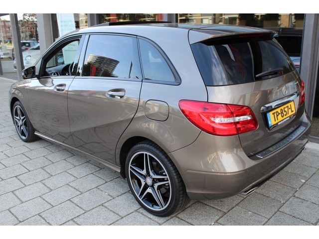 Mercedes-Benz B-klasse 180 Ambition night pakket