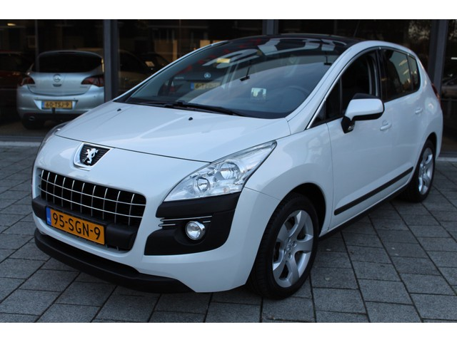 Peugeot 3008 1.6 TURBO Blue Lease Executive / CLIMATE  / PANO