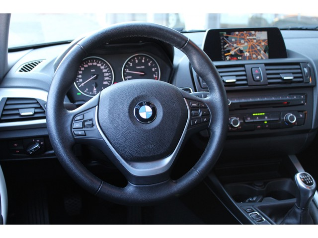 BMW  114i EDE Upgrade Edition 102pk / NAVI / LEDER/ XENON/trekhaak