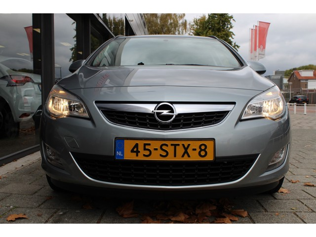 Opel Astra 1.4 BUSINESS EDITION NAVI
