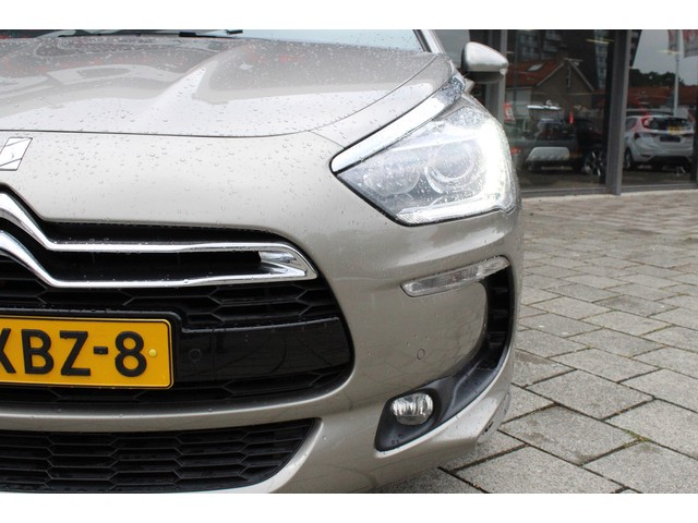 Citroen DS5 1.6 TURBO So Chic // PANO // XENON // NAVI