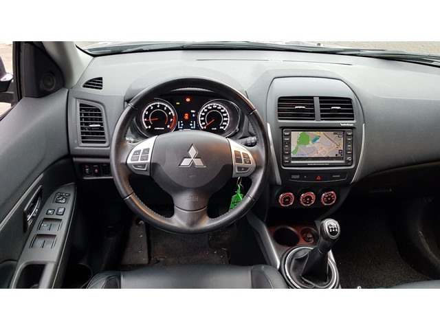Mitsubishi ASX 1.6 Cleartec Instyle // NAVI // LMV // CLIMATE