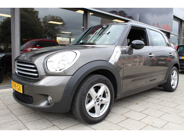 MINI Countryman 1.6 Cooper Edition // NAVI // AUTOMAAT // 5P