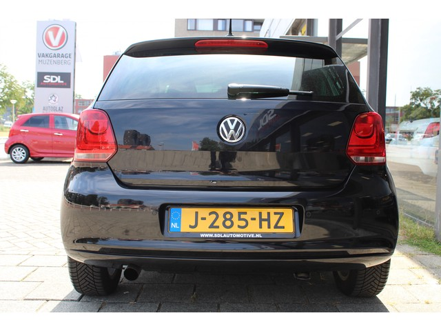 Volkswagen Polo 1.2 TSI Highline // XENON // APPLE CARPLAY // CRUISE