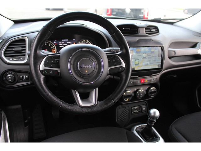 Jeep Renegade 1.4 MultiAir Limited //NAVI// CLIMATE // STUUR VERWARM // CRUISE