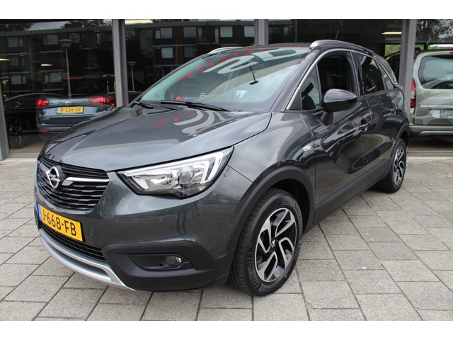 Opel Crossland X 1.2 Turbo 110 pk Innovation // NAVI // 180 GRADEN CAMERA // 110 PK!!