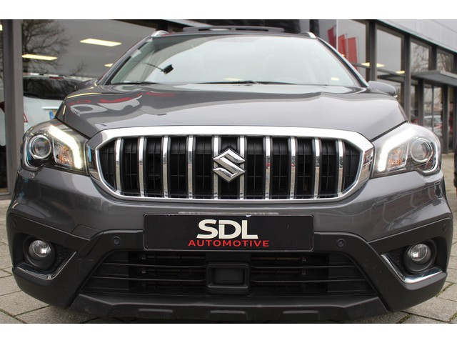 Suzuki S-Cross 1.4 Boosterjet High Executive // ADAPTIEF CRUISE // CAMERA // LED